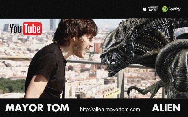 Transmisión desde el Pirulí (Torrespaña) videoclip de MAYOR TOM